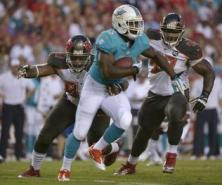 damien williams dolphins